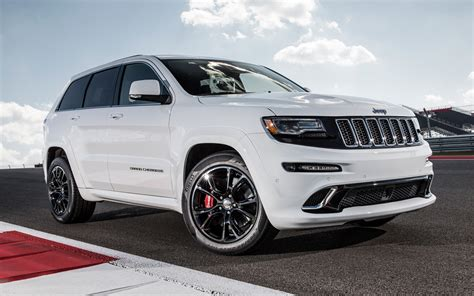 2018 Jeep Grand Cherokee Srt Track Drive Photo Gallery
