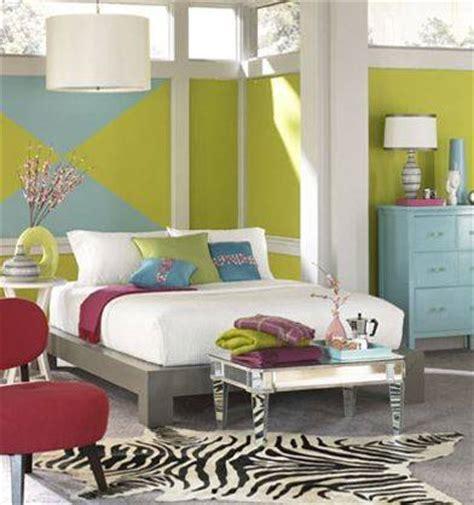 luxury bedroom design march