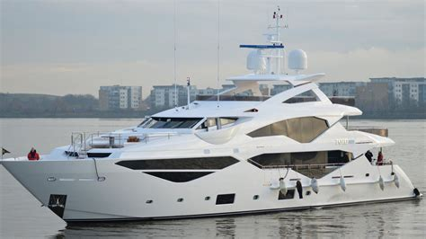 sunseeker launches     london boat show
