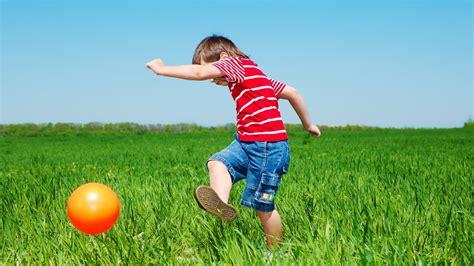 age 5 motor development milestones child development 716 | maxresdefault