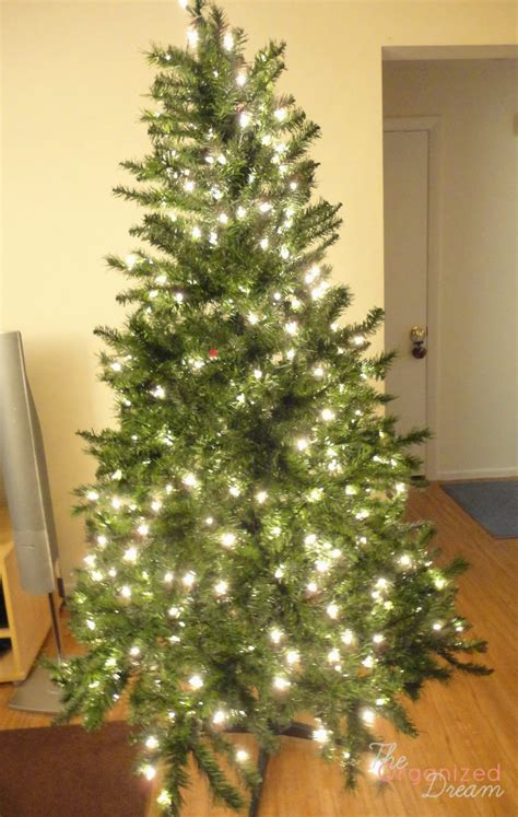how to decorate with wide ribbon on xmas trees how to decorate a tree with wide mesh ribbon the organized