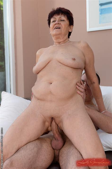Chubby Granny Anastasia Has Her Pussy Pounded Hardcore