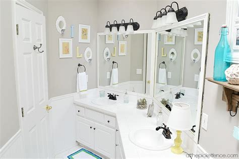 Budget Friendly Bathroom Makeover Reveal!  At The Picket