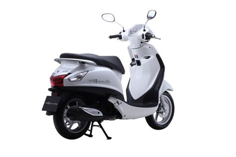 yamaha nozza grande spied in india same scooter that
