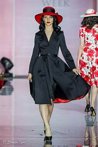 Women U0026 39 S Trench Coat In A Retro Style  U0026quot Lady In Black