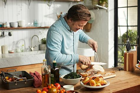 jimmy oliver cuisine tv oliver and jools 39 favourite family meal revealed