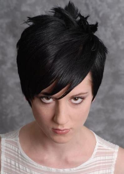 bold layered short haircuts