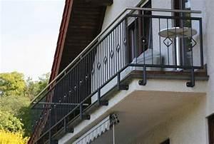 Balkongeländer Pulverbeschichtet Anthrazit : produkte des unternehmen metallbau germann ~ Michelbontemps.com Haus und Dekorationen