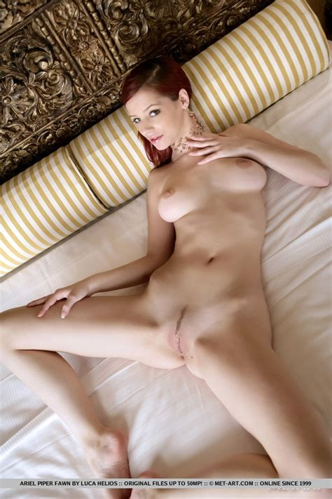 Red Haired Pretty Chick Has Fun Modeling Of Xxx Dessert
