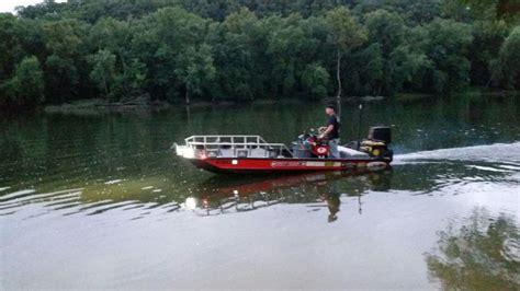 Best Bowfishing Boat Lights by Best Bowfishing Boat Build I Ve Seen Bowfishing Boat