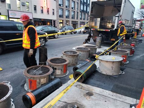 öl Oder Gas L Smell Source Is Abandoned Gas Station Fuel Tank Mta Says New York Daily News