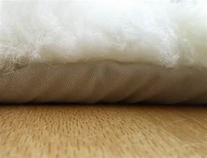 Peau De Mouton : tapis en peau de mouton blanc ~ Teatrodelosmanantiales.com Idées de Décoration