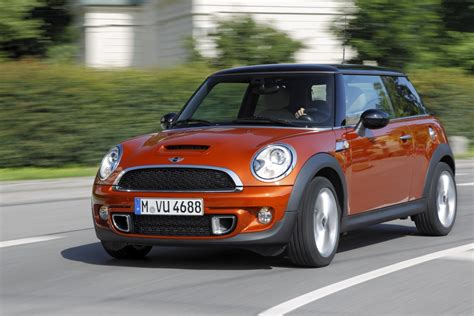 Mini Cooper Car :  Mini Cooper Sd And Countryman Sd