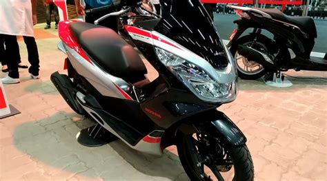 Pcx 2018 Deluxe by Honda Mostra Pcx Sport 2018 No Sal 227 O Duas Rodas 2017