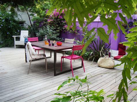 le deco d 233 co ext 233 rieure osez le mur jardin peint en couleur joli place