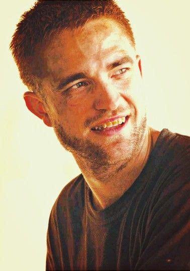 Robert Pattinson in The Rover | Robert pattinson movies ...