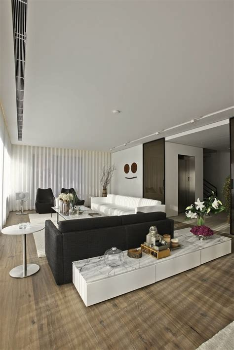 Bold Cosmopolitan House In Instanbul by Bold Cosmopolitan House In Istanbul