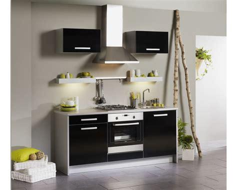 meubles de cuisine chez but cuisine cuisine design avec quatre placards un