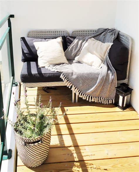 canapé balcon aménager un balcon