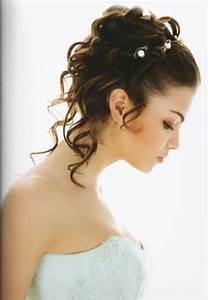 Chignon Demoiselle D Honneur Mariage : coiffure mariage glamour recherche google demoiselle d 39 honneur coiffure mariage coiffure ~ Melissatoandfro.com Idées de Décoration