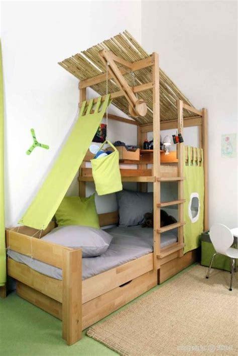cabane de chambre lit cabane enfant en hêtre massif modèle bruno