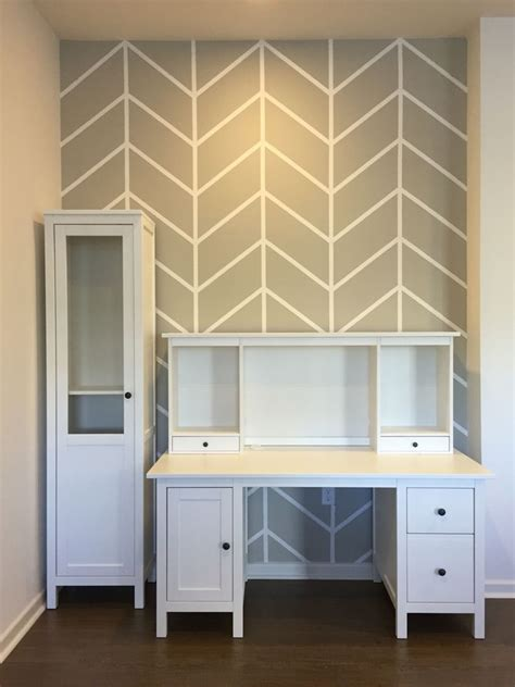 Muster Streichen Wand by Diy Herringbone Pattern Accent Wall With Paint And