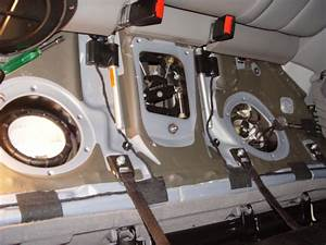W209 2006 Clk 350 No Fuel Pump Pressure Voltage Issue