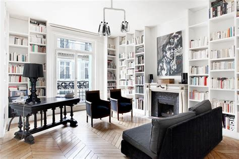 Updated New York Apartment Classic Style by Parisian Interior Design 16 Images Of Chic