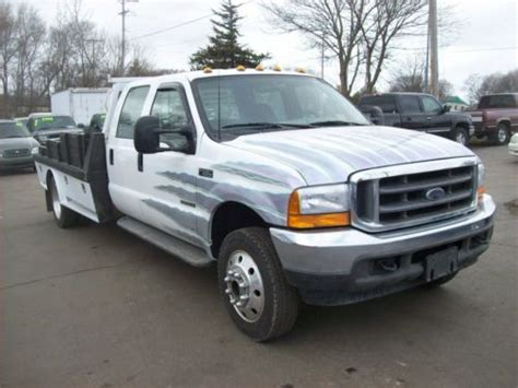 sell   ford   super duty crew cab xlt flat bed