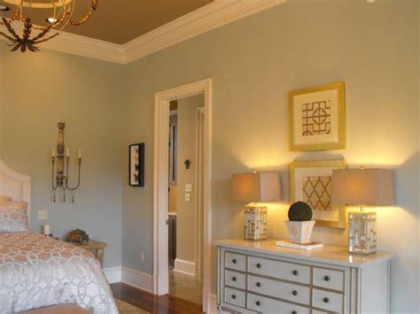 benjamin whisper grey apartment therapy benjamin bedrooms and wall