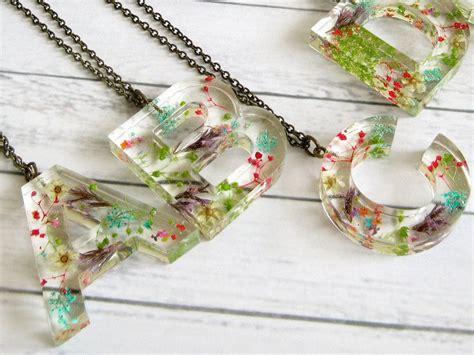 resin letter pendant real flower necklace initial resin