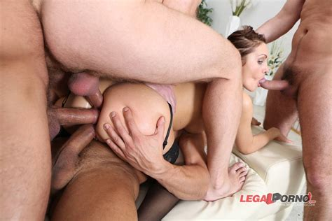 Dominca triple penetrated - Nic137