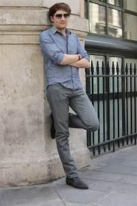 comment porter un jean gris homme et quel jean gris With quelle couleur avec le bleu marine 13 conseil mode comment porter le jeans de couleur mode