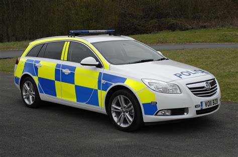 Vauxhall Insignia Police Car Flexes Its Muscles For French