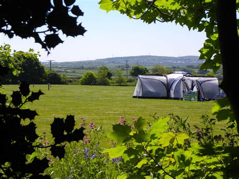 padstow camping campsites  padstow cornwall