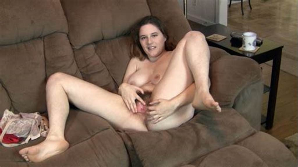 #Eleanor #Rose #Shows #Off #Her #Hairy #Body #On #Her #Couch