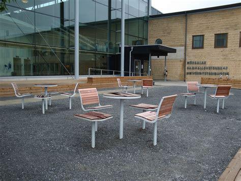 chaise d extérieur parco chaise d 39 extérieur en acier et bois by nola