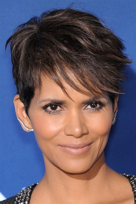 40 ?harming Short Fringe Hairstyles for Any Taste and Occasion