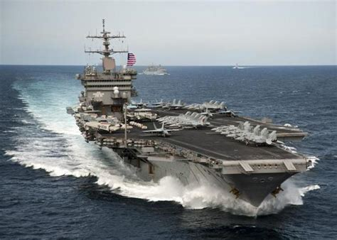Enterprise Portaerei by Stati Uniti La Portaerei Enterprise Va In Pensione