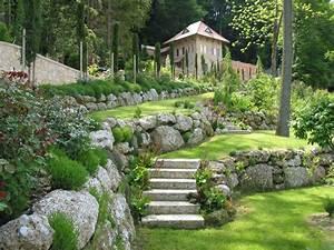 Naturstein Im Garten : gartengestaltung mit naturstein gartengestaltung ~ A.2002-acura-tl-radio.info Haus und Dekorationen