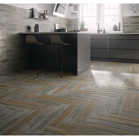 large floor tiles kitchen wickes dalby light oak porcelain tile 593 x 98mm wickes 6788