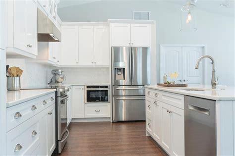 Tile Kitchen Floor White Cabinets  Amazing Tile