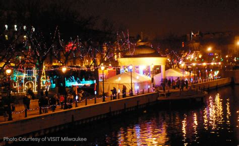 milwaukee holiday lights festival celebrate the holidays in milwaukee with kids trekaroo
