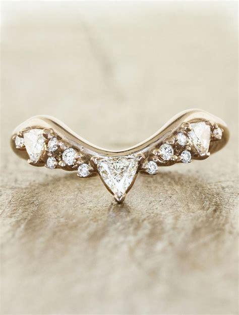 tempest intricate wedding ring with trillion diamonds ken