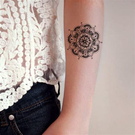 tatouage mandala bras  craque pour  tatouage mandala