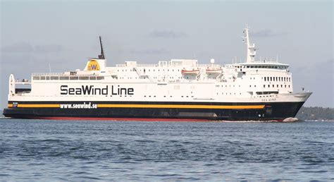 what company owns wind mobile seawind line