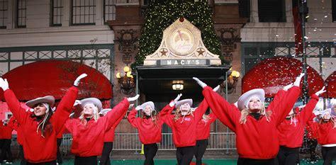 macys thanksgiving parade  announces performers