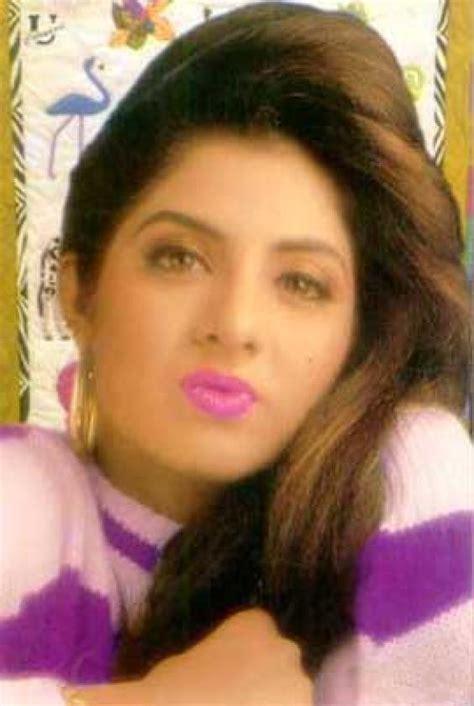 Satish Blogs Divya Bharti And Her Short Life Never Die