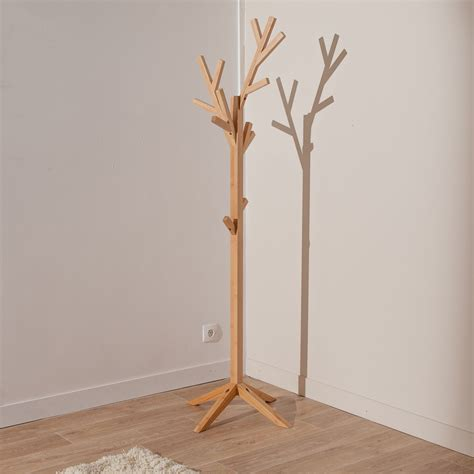 porte manteau bois sur pied porte manteau arbre en bois sur pied h 170cm essence
