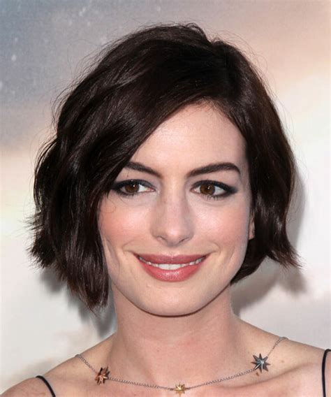 See how you can wear pixies and bobs and never get bored with them! Anne Hathaway's Short Haircuts and Hairstyles - 15+